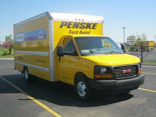 Light Duty Box Truck-Light and Medium Duty Trucks-GMC-2012-Savana G33903-DAVENPORT-IA-101,563 miles-$15,750