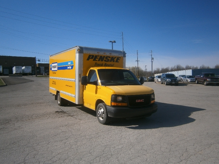 Light Duty Box Truck-Light and Medium Duty Trucks-GMC-2012-Savana G33903-OAKWOOD VILLAGE-OH-121,454 miles-$13,750