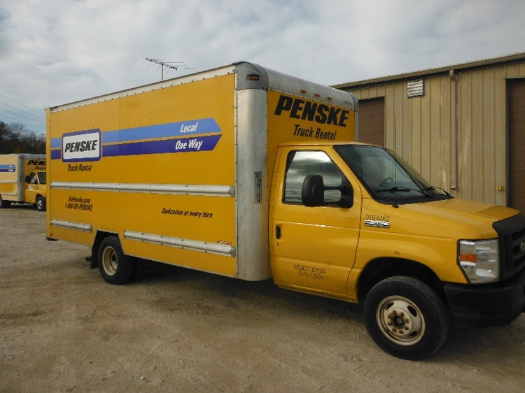 Light Duty Box Truck-Light and Medium Duty Trucks-Ford-2012-E350-FOND DU LAC-WI-92,421 miles-$16,750