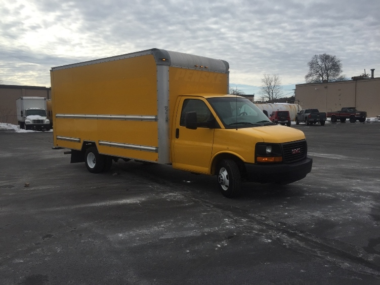 Light Duty Box Truck-Light and Medium Duty Trucks-GMC-2013-Savana G33903-FITCHBURG-MA-124,441 miles-$14,750