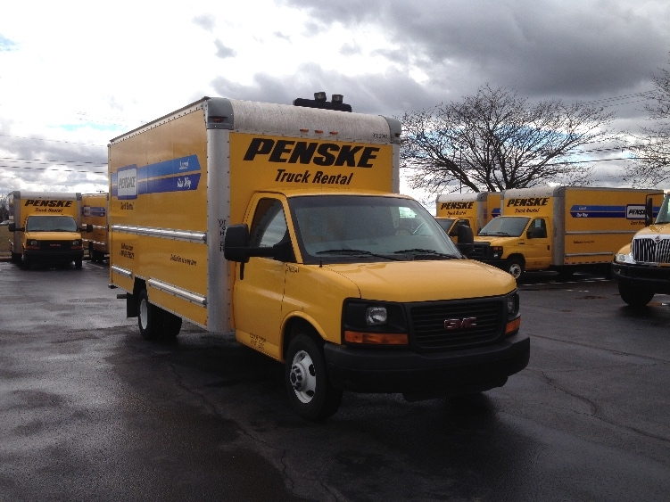 Light Duty Box Truck-Light and Medium Duty Trucks-GMC-2013-Savana G33903-YORK-PA-129,285 miles-$14,500