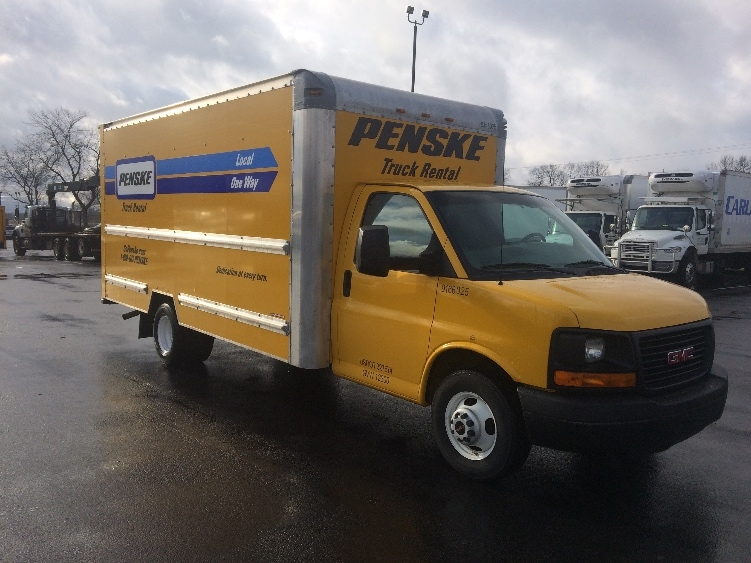 Light Duty Box Truck-Light and Medium Duty Trucks-GMC-2013-Savana G33903-LEXINGTON-KY-150,291 miles-$11,750