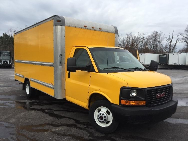 Light Duty Box Truck-Light and Medium Duty Trucks-GMC-2013-Savana G33903-OAKWOOD VILLAGE-OH-131,492 miles-$14,250