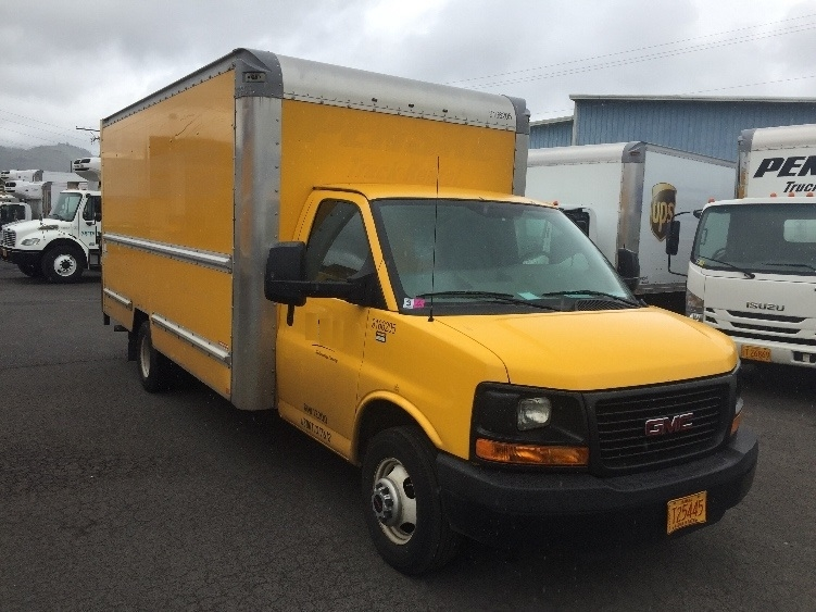 Light Duty Box Truck-Light and Medium Duty Trucks-GMC-2014-Savana G33903-TORRANCE-CA-53,987 miles-$25,750