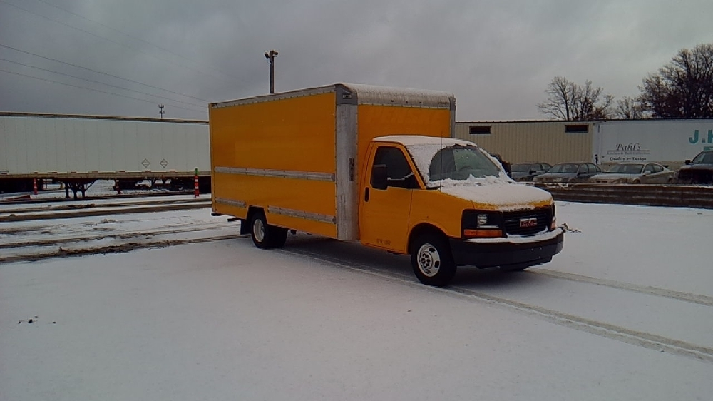 Light Duty Box Truck-Light and Medium Duty Trucks-GMC-2014-Savana G33903-ROSEVILLE-MN-133,663 miles-$15,750