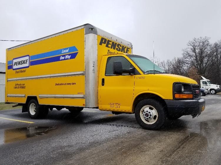 Light Duty Box Truck-Light and Medium Duty Trucks-GMC-2014-Savana G33903-WICKLIFFE-OH-71,831 miles-$22,250