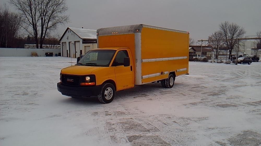 Light Duty Box Truck-Light and Medium Duty Trucks-GMC-2014-Savana G33903-ROSEVILLE-MN-113,018 miles-$17,500