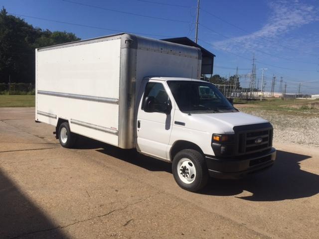 Light Duty Box Truck-Light and Medium Duty Trucks-Ford-2014-E350-ALEXANDRIA-LA-106,115 miles-$23,500