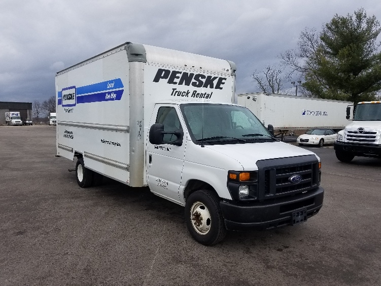 used light duty box trucks for sale in ky penske used trucks. Black Bedroom Furniture Sets. Home Design Ideas