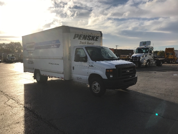 Light Duty Box Truck-Light and Medium Duty Trucks-Ford-2015-E350-SOUTH HOLLAND-IL-86,733 miles-$18,250