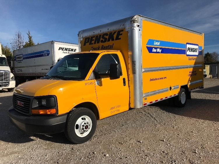 Light Duty Box Truck-Light and Medium Duty Trucks-GMC-2015-Savana G33903-DECATUR-AL-82,763 miles-$22,000