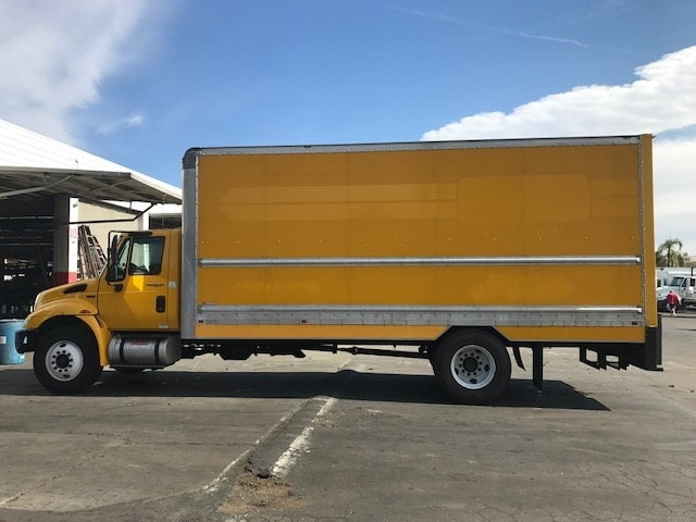 Medium Duty Box Truck-Light and Medium Duty Trucks-International-2013-4300-SAN DIEGO-CA-173,427 miles-$11,000