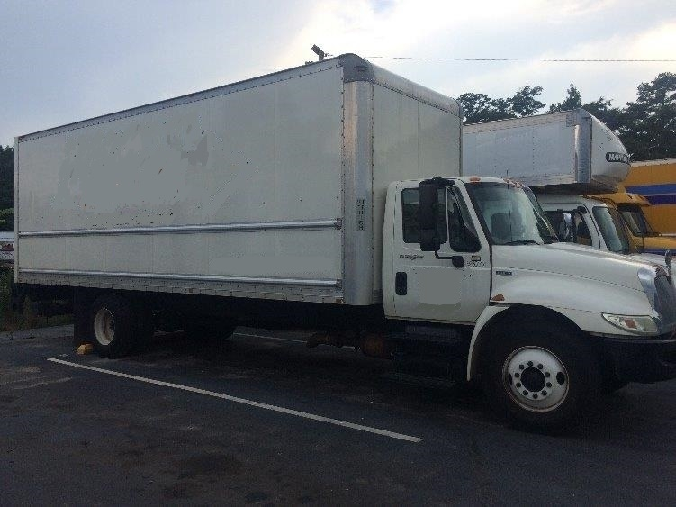 Medium Duty Box Truck-Light and Medium Duty Trucks-International-2013-4300-FOREST PARK-GA-149,654 miles-$35,000