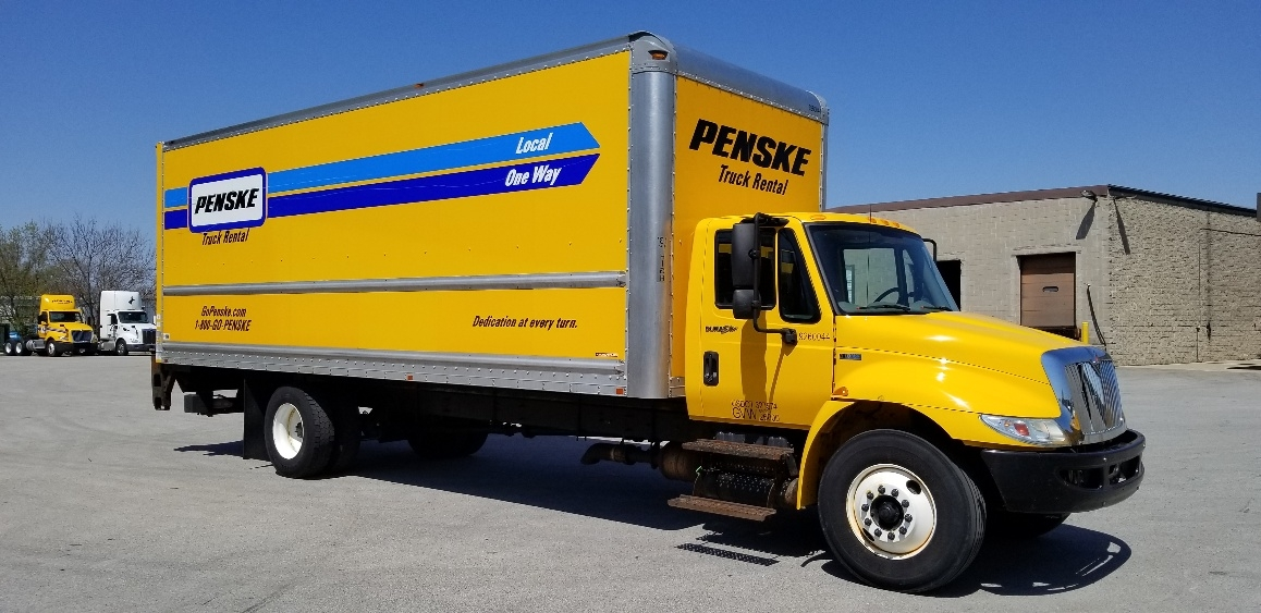 Medium Duty Box Truck-Light and Medium Duty Trucks-International-2013-4300-PEWAUKEE-WI-139,861 miles-$33,750