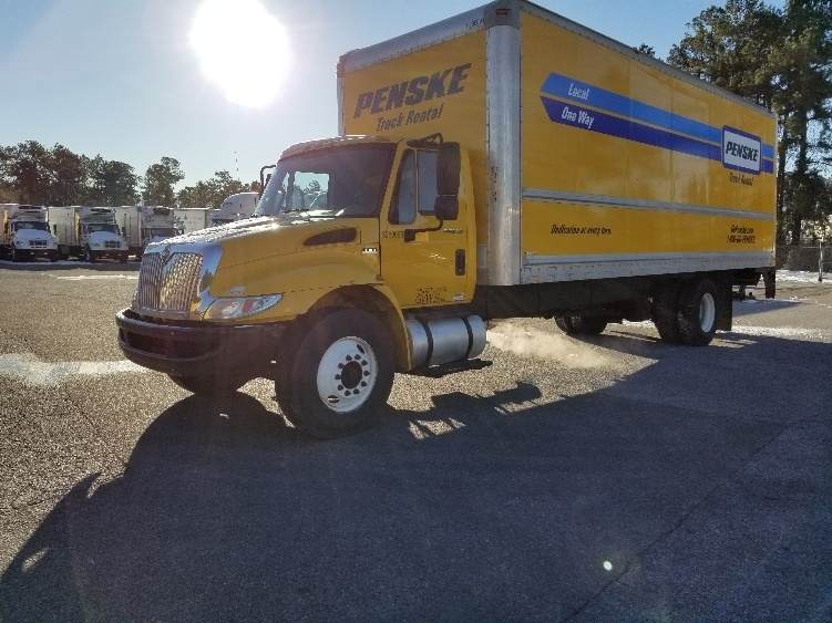 Medium Duty Box Truck-Light and Medium Duty Trucks-International-2013-4300-ASHEVILLE-NC-133,744 miles-$29,250