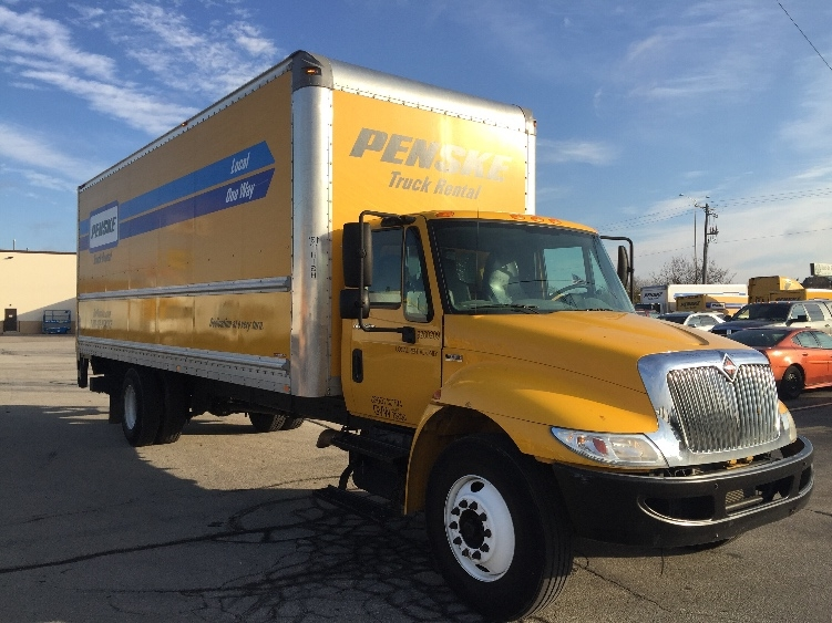 Medium Duty Box Truck-Light and Medium Duty Trucks-International-2013-4300-MILWAUKEE-WI-110,079 miles-$33,000