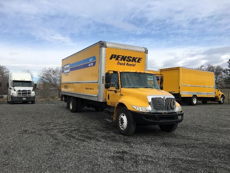 Medium Duty Box Truck-Light and Medium Duty Trucks-International-2013-4300-YAKIMA-WA-151,114 miles-$28,000