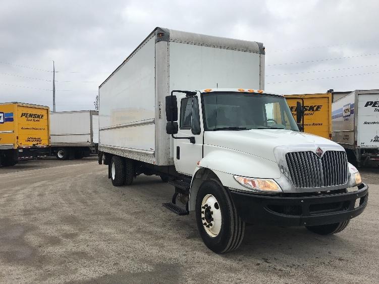 Medium Duty Box Truck-Light and Medium Duty Trucks-International-2014-4300-LANSING-MI-151,000 miles-$32,000