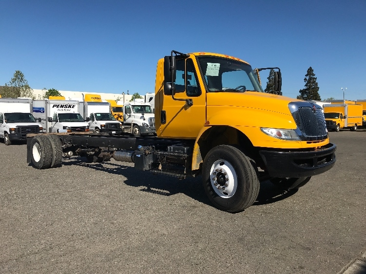 Cab and Chassis Truck-Light and Medium Duty Trucks-International-2015-4300-WEST SACRAMENTO-CA-152,976 miles-$37,000