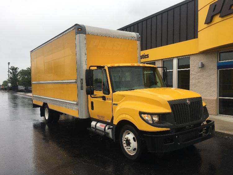 Medium Duty Box Truck-Light and Medium Duty Trucks-International-2012-TERASTAR-ELK GROVE VILLAGE-IL-164,222 miles-$20,750