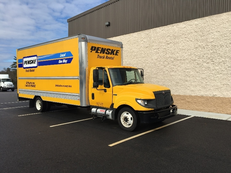 Medium Duty Box Truck-Light and Medium Duty Trucks-International-2012-TERASTAR-NORTON-MA-162,601 miles-$15,500