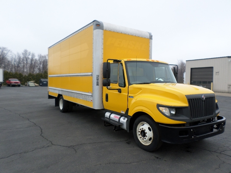 Medium Duty Box Truck-Light and Medium Duty Trucks-International-2012-TERASTAR-BUFFALO-NY-124,157 miles-$20,500