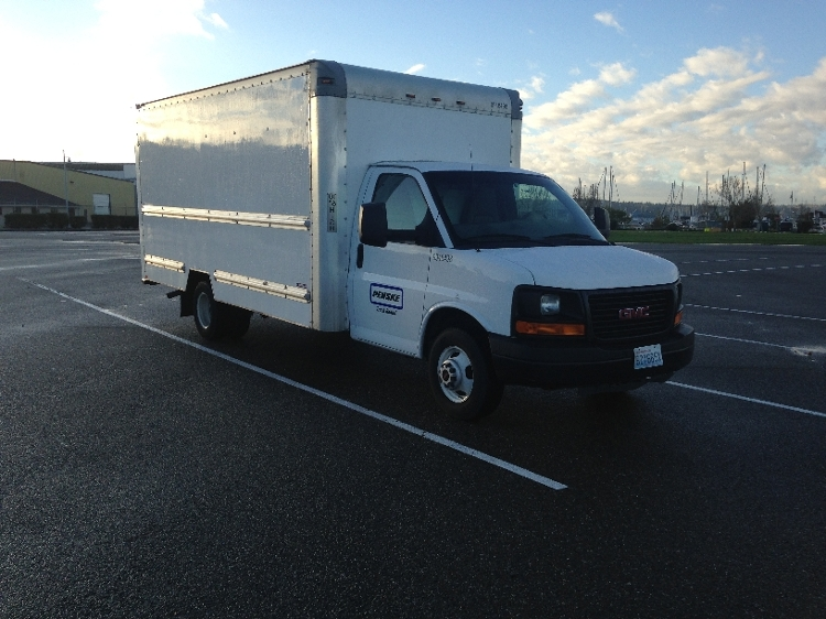 Light Duty Box Truck-Light and Medium Duty Trucks-GMC-2010-Savana G33903-EVERETT-WA-154,086 miles-$11,250