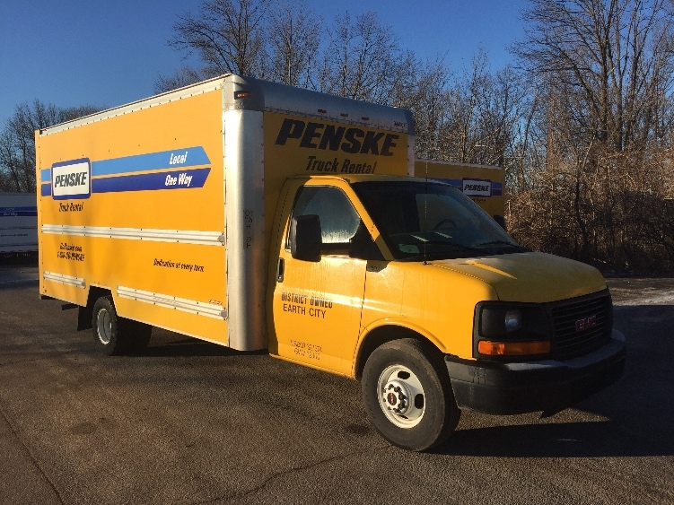 Light Duty Box Truck-Light and Medium Duty Trucks-GMC-2011-Savana G33903-EAST PEORIA-IL-130,181 miles-$12,000