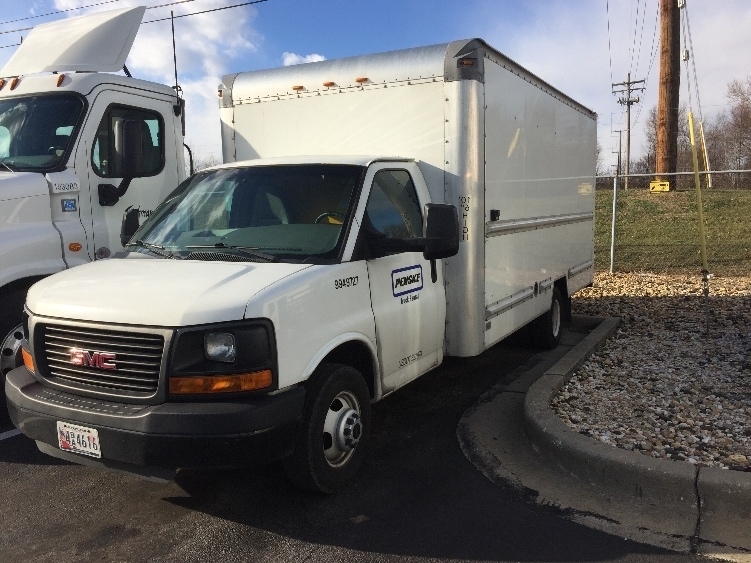 Light Duty Box Truck-Light and Medium Duty Trucks-GMC-2011-Savana G33903-ESSEX-MD-115,163 miles-$16,000