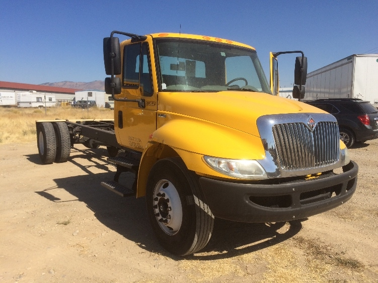 Cab and Chassis Truck-Light and Medium Duty Trucks-International-2011-4300-BOISE-ID-175,272 miles-$18,750