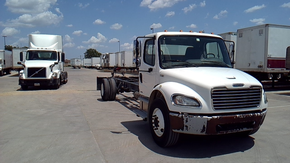 Cab and Chassis Truck-Light and Medium Duty Trucks-Freightliner-2011-M2-DALLAS-TX-191,032 miles-$32,500