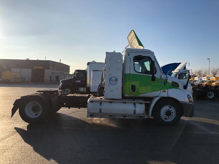 Day Cab Tractor-Heavy Duty Tractors-Freightliner-2014-Cascadia 11342ST-OKLAHOMA CITY-OK-313,110 miles-$65,250