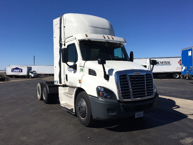 Day Cab Tractor-Heavy Duty Tractors-Freightliner-2016-Cascadia 11364ST-TULSA-OK-243,943 miles-$112,750
