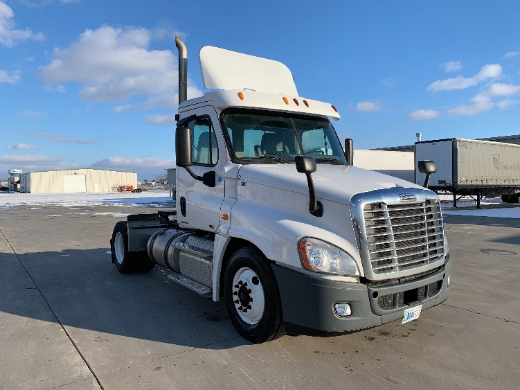 Day Cab Tractor-Heavy Duty Tractors-Freightliner-2011-Cascadia 12542ST-GOSHEN-IN-254,361 miles-$29,500