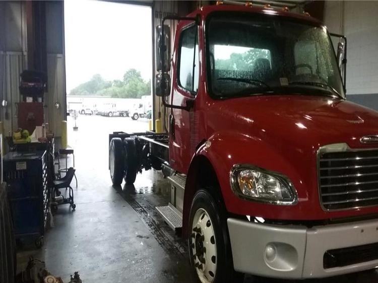 Cab and Chassis Truck-Light and Medium Duty Trucks-Freightliner-2011-M2-CHESAPEAKE-VA-261,152 miles-$25,750