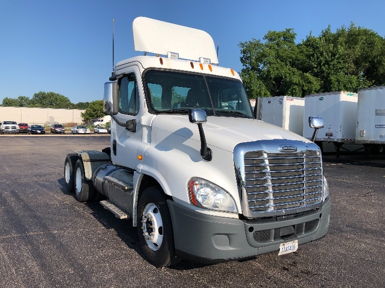 Day Cab Tractor-Heavy Duty Tractors-Freightliner-2013-Cascadia 12564ST-GOSHEN-IN-147,796 miles-$48,000