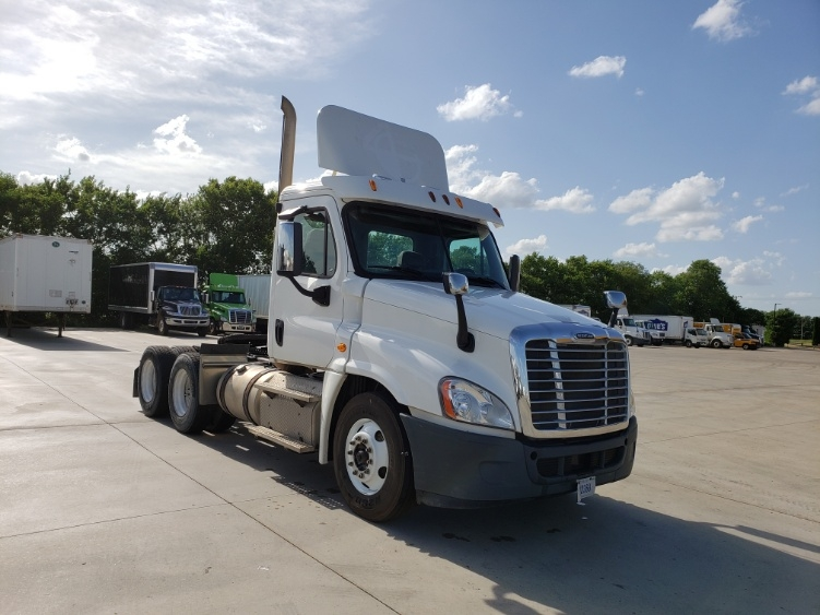 Day Cab Tractor-Heavy Duty Tractors-Freightliner-2013-Cascadia 12564ST-ELKHART-IN-137,360 miles-$48,250