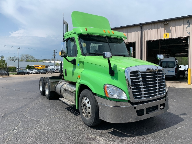Day Cab Tractor-Heavy Duty Tractors-Freightliner-2013-Cascadia 12564ST-ELKHART-IN-201,019 miles-$52,500