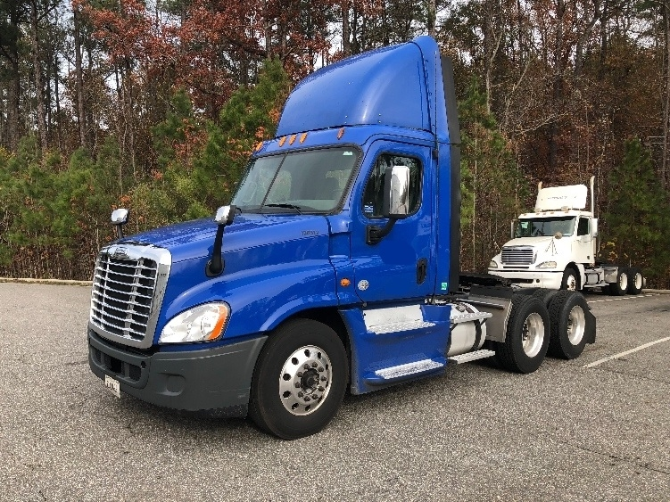 Used Freightliner Cascadia 12564STs For Sale - Penske Used