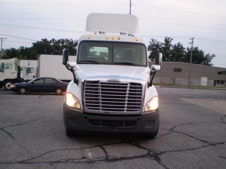 Day Cab Tractor-Heavy Duty Tractors-Freightliner-2014-Cascadia 12564ST-ELKHART-IN-170,360 miles-$65,500