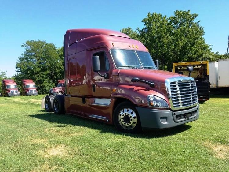 Sleeper Tractor-Heavy Duty Tractors-Freightliner-2014-Cascadia 12564ST-SPRINGFIELD-MO-457,261 miles-$57,500