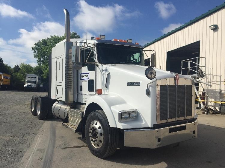 Sleeper Tractor-Heavy Duty Tractors-Kenworth-2014-T800-CHARLOTTE-NC-313,266 miles-$77,500