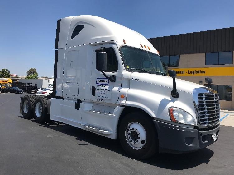 Used Sleeper Tractors For Sale in CA - Penske Used Trucks