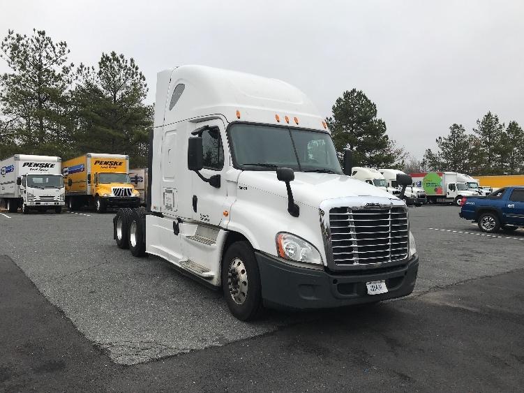 Used Trucks For Sale In Va >> Used Sleeper Tractors For Sale In Va Penske Used Trucks