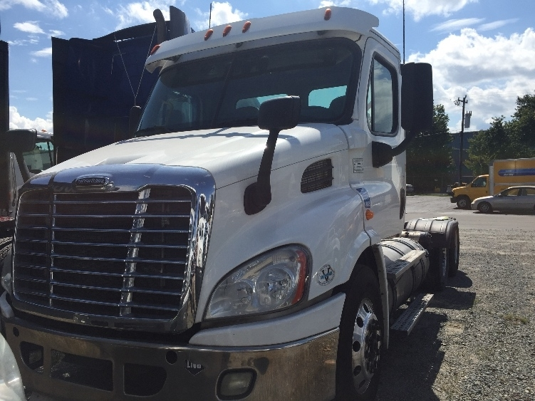 Day Cab Tractor-Heavy Duty Tractors-Freightliner-2016-X11362ST-CHARLOTTE-NC-360,096 miles-$48,750