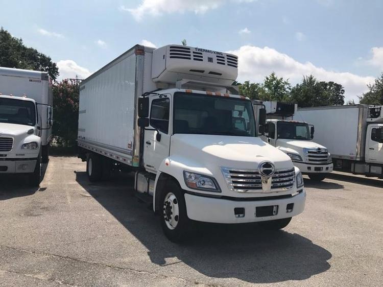 Reefer Truck-Light and Medium Duty Trucks-Hino-2010-268-CHESAPEAKE-VA-216,985 miles-$31,250