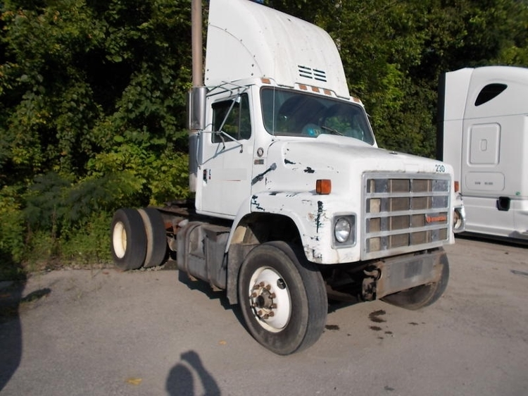 Day Cab Tractor-Heavy Duty Tractors-International-1988-2375-ROCKY MOUNT-VA-340,060 miles-$1,250