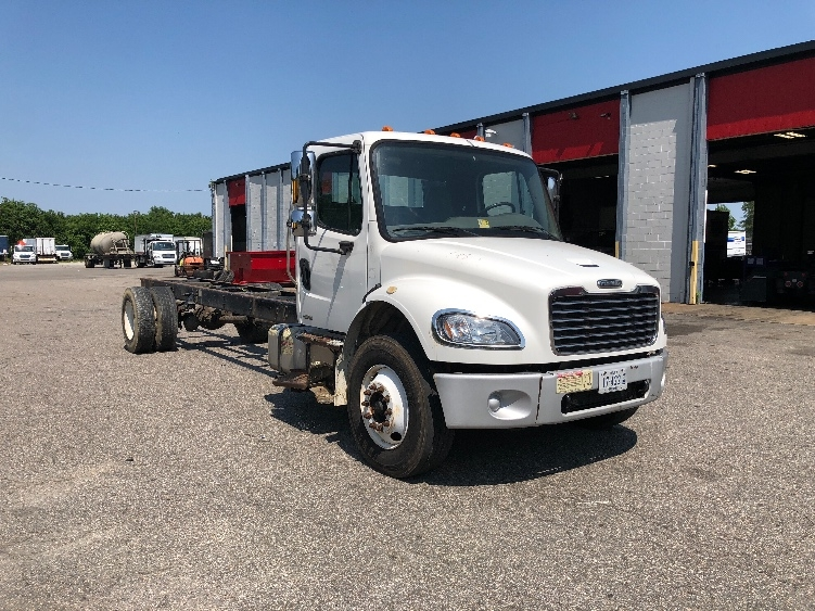 Cab and Chassis Truck-Light and Medium Duty Trucks-Freightliner-2007-M2-RICHMOND-VA-285,488 miles-$14,500