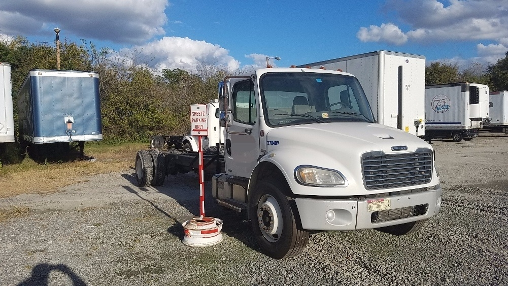 Cab and Chassis Truck-Light and Medium Duty Trucks-Freightliner-2007-M2-SUFFOLK-VA-290,159 miles-$14,500
