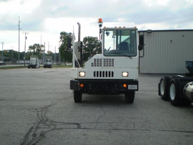 Yard Truck-Heavy Duty Tractors-Ottawa-2008-YT30-ELKHART-IN-15,952 miles-$37,750